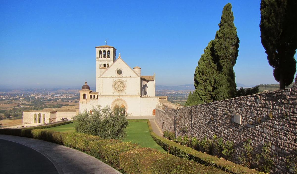 assis 10 cidades italianas para conhecer