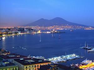 Napoles 300x225 Nápoles