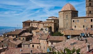 0009 02 300x176 Volterra, Toscana