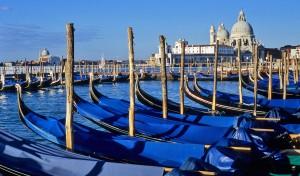 0013 003 300x176 Veneza
