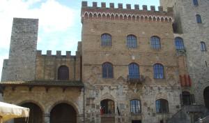 0015 004 300x176 Palazzo Comunale