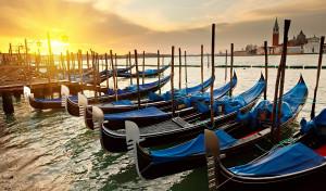 0038 004 300x176 Veneza