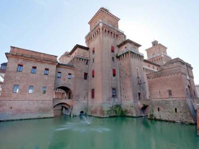 Ferrara-castello-estense