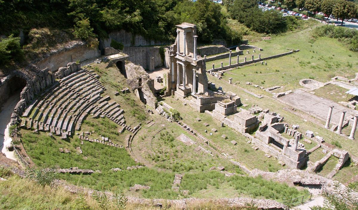 Teatro Romano em Volterra