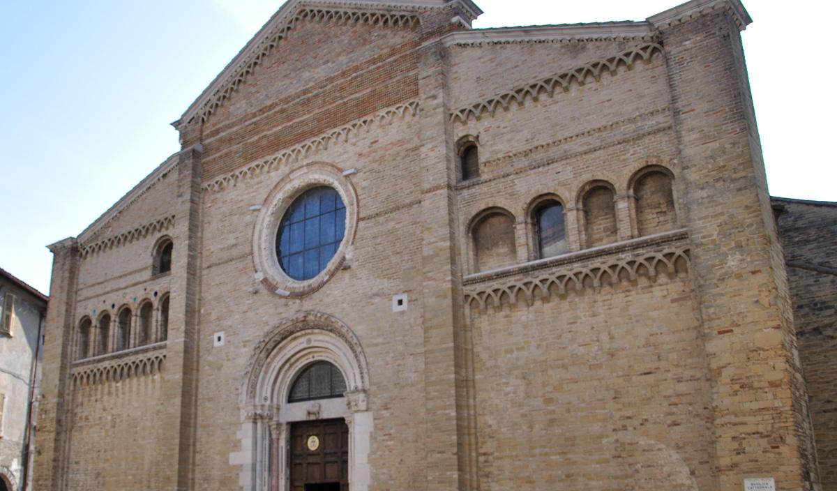 Catedral de Pésaro